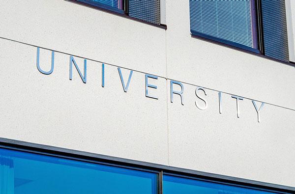 アメリカの大学編入システムを徹底解説。費用や奨学金など抑えるべきこと